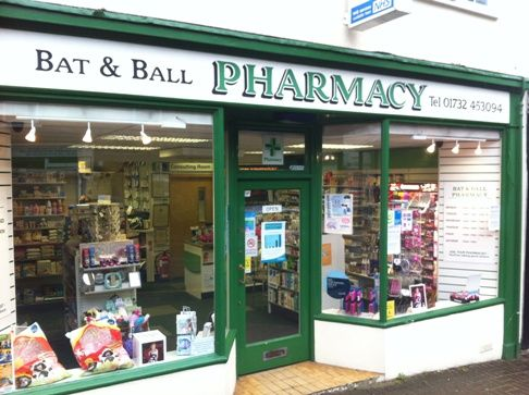 Website picture bat-and-ball-shop-front